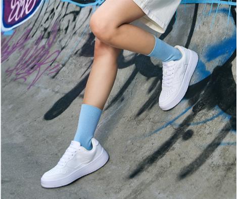 李宁板鞋女白色女鞋